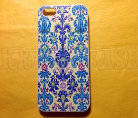 Iphone 5 Case, New iPhone 5 case Blue and Light Blue Damask iphone 5 Cover, iPhone 5 Cases, Case for iPhone 5