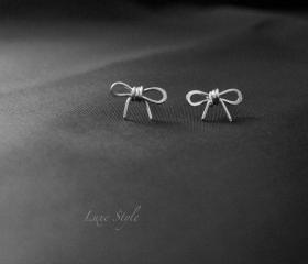 Bow Stud Earrings in Sterling Silver Post Eaaring Cute Simple design Everyday wear