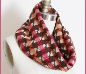 Houndstooth Infinity Scarf Circle Loop for Autumn Fall in Brown Pink and Orange