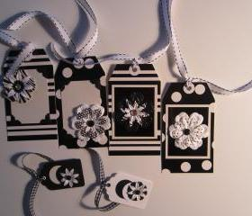 Set of 6 Black and White Flower Tags