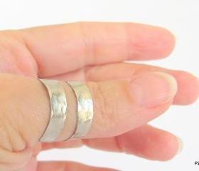 Adjustable Hammered ring, Thumb ring silver tone unisex , modern metal ring