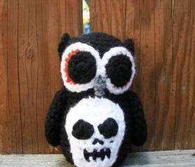 Halloween Owl, plush crochet owl in Black with skull applique, ready to ship.