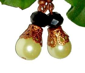 BUY 4 - GET 1 pair earrings FREE..Glass Pearl bridesmaid bronze filigree earrings..vintage look