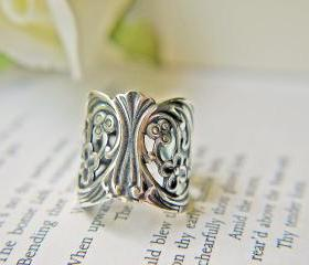Baroque Antique Silver Filigree Ring. Dramatic And Bold Statement Ring