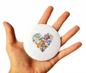 Colorful heart pocket mirror, rainbow colors