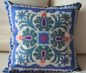 Flower Print Decorative Pillow