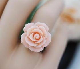 Everyday wear jewelry Light Pink Blush Rose Flower Cabochon Victorian Style Ring