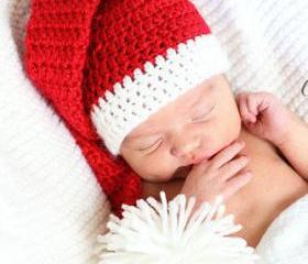 PDF Crochet Pattern Newborn & 3-6 month, Santa's Little Helper, Long tail pom pom Christmas elf hat
