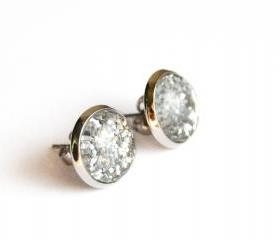 Sparkling silver post earrings with round glass cabochon and glitters