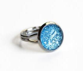 Sparkling turquoise ring - glass cabochon and glitters