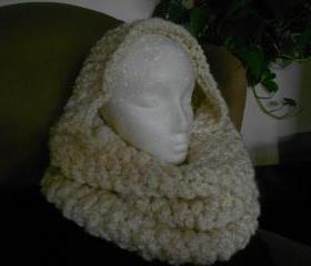 Chunky Crochet Cowl