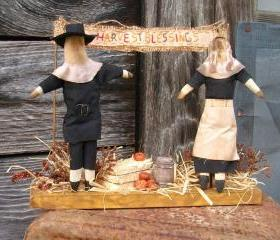 Primitivie Thanksgiving Fall Centerpiece or Decoration - Pilgrim Man and Woman - For your Dinner Table, Hutch, Mantel or Shelf