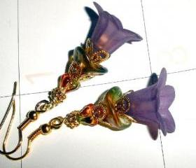 Lilac flower earrings FREE SHIPPING gold plate and Czech glass