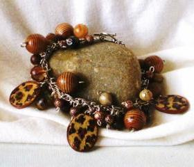 Leopard charm bracelet in Purrr-fect Leopard wood and vintage beads