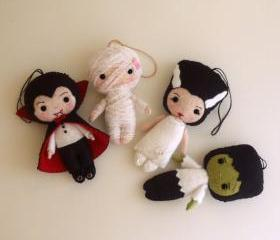 Halloween Pack - Dracula, Frankenstein, Bride, Mummy pdf Patterns