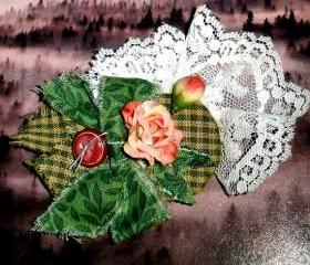 OOAK fabric brooch FREE SHIPPING with lace and roses - Vintage-inspired