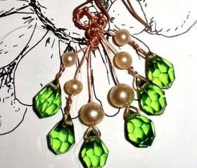 Asymetrical earrings FREE SHIPPING Swarovski green crystal and vintage pearls