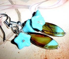 Gorgeous flower earrings FREE SHIPPING Turquoise and brown Czech glass flowers unique beads