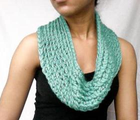 Teal Chunky Cowl