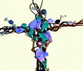 GORGEOUS wall cross rusted wire flowers and beads