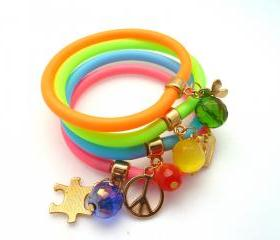 Rubber Bracelets/Set of 4 Neon Rubber Bracelets with Gold plated Charms and faceted beads,orange/blue/green/fuchsia