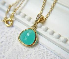Mint Green Opal Glass Pendant Necklace. Matte Gold. Bridesmaid Necklace. Wedding Jewelry. Modern Simplicity.