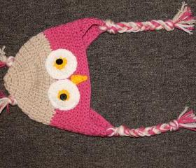 Crocheted owl hat (sizes from newborn to adult available)