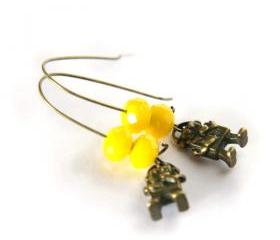 mini robots earrings - neon yellow beads - geek scifi funny