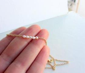 Pearl necklace, gold pearl necklace, bridal necklace, simple necklace, wedding, bridesmaid jewelry