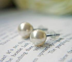 Cream White Pearl Post Earrings. Titanium Earrings. Swarovski Crystal Pearl.