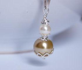 Bridesmaid Jewellery, Vintage inspired Ivory and Gold Pearl Pendant