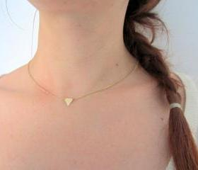 Minimalist gold triangle necklace, geometric jewelry, simple modern jewelry