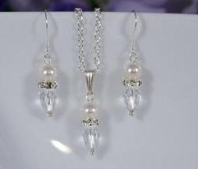 Wedding Jewelry Set - Bridal Earrings and Pendant - Bridal Necklace Set Crystal and Pearl