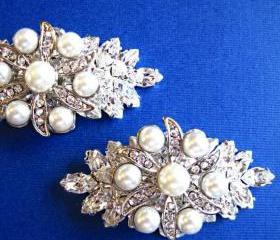 Wedding Shoe Clips, Crystal, Pearl Shoe clips, Fancy shoe clips, Brial shoes, Gift for Her, Glamorous Pearl Collection