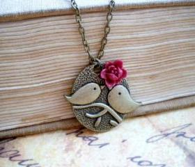 Cute kissing bird bronze pendant - maroon flower rose cabochon
