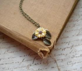 Leaf Necklace - Sun Flower Necklace - Vintage Necklace
