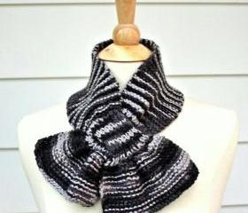 Knit scarf - scarflette - keyhole scarf gray grey unique warm