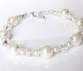 Wedding Jewelry - Pearl and Crystal Bracelet - Bridal Jewellery
