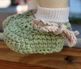 Crochet baby shoes booties - Green beige cotton custom