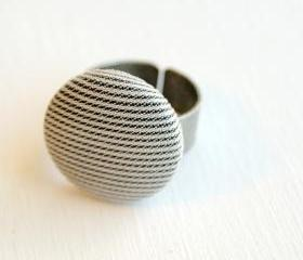 Black and White Stripes Button Ring