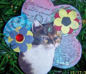 Here Kitty Ornament #1