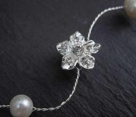 Hair Vine Diamante Flower and Pearl, Wedding. Hair Accessories