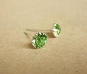 on SALE - Peridot Green Round CZ Ear Stud Earrings - 925 Sterling Silver Earrings - Gift under 10 - Peridot Green Cubic Zirconia Ear Posts