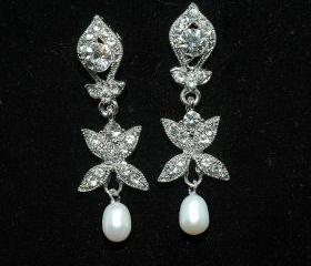 Bridal Pearl Rhinestone Earrings - Bridal Wedding Crystal Earrings -Dangle Swarovski Earrings