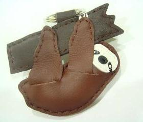 Sloth leather keychain ( Dark Brown )