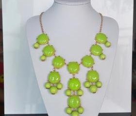 Kelly Green bubble bib Statement necklace,holiday party Necklace,bridesmaid gifts,Beaded Jewelry,wedding necklace