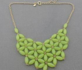 Light green Bubble necklace, handmade bib Necklace/Statement Bubble Necklace,bridesmaid gifts,Beaded Jewelry