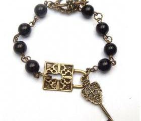 Antiqued Brass Lock Key Black Agate Bracelet