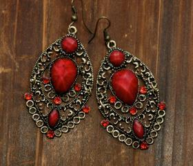 Vintage Earrings - Ruby Stones