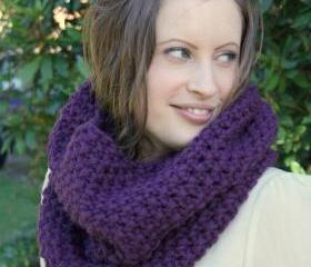 Chunky cowl snood in purple - hand knitted